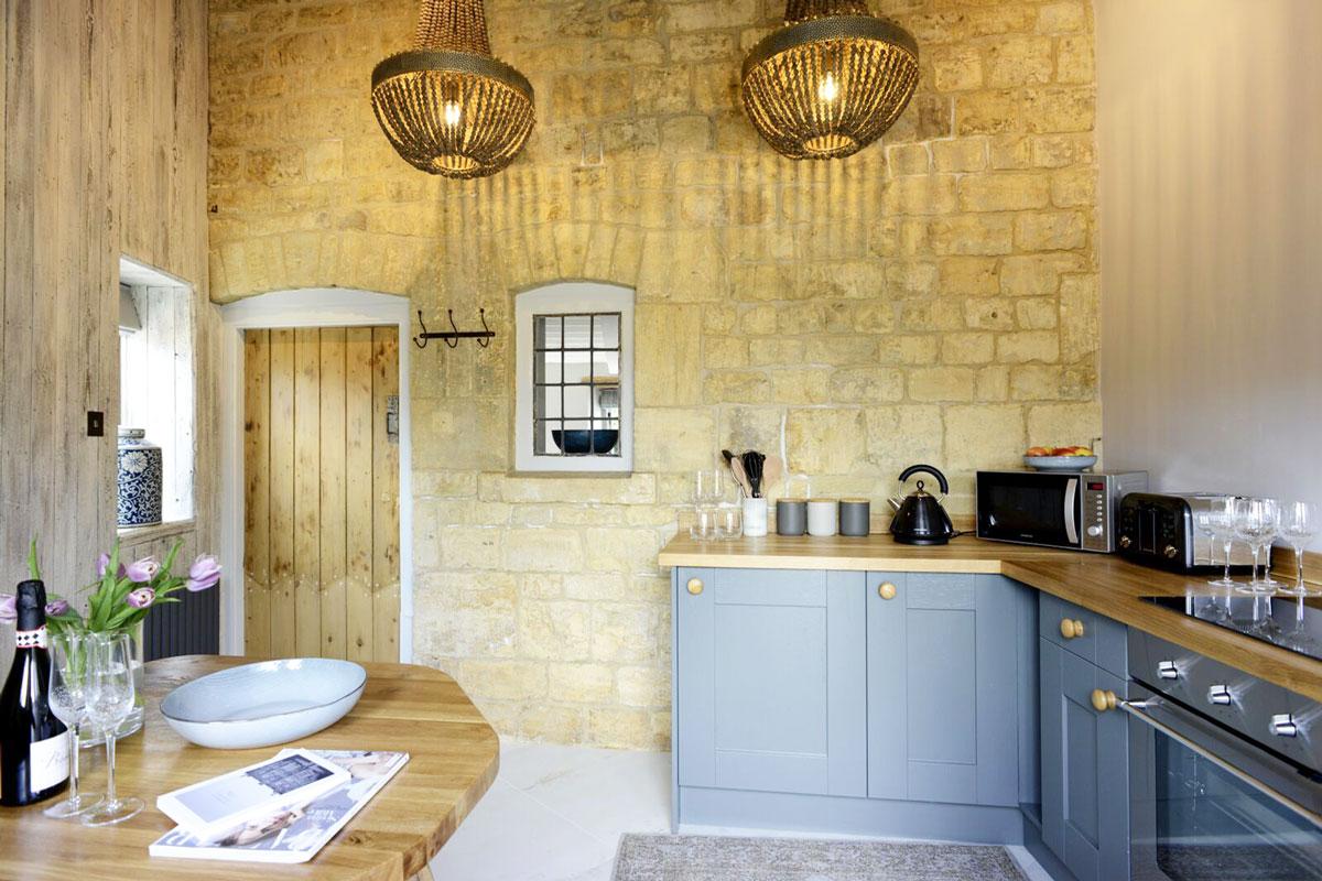 walnut-kitchen-from-backdoor-gallery-10