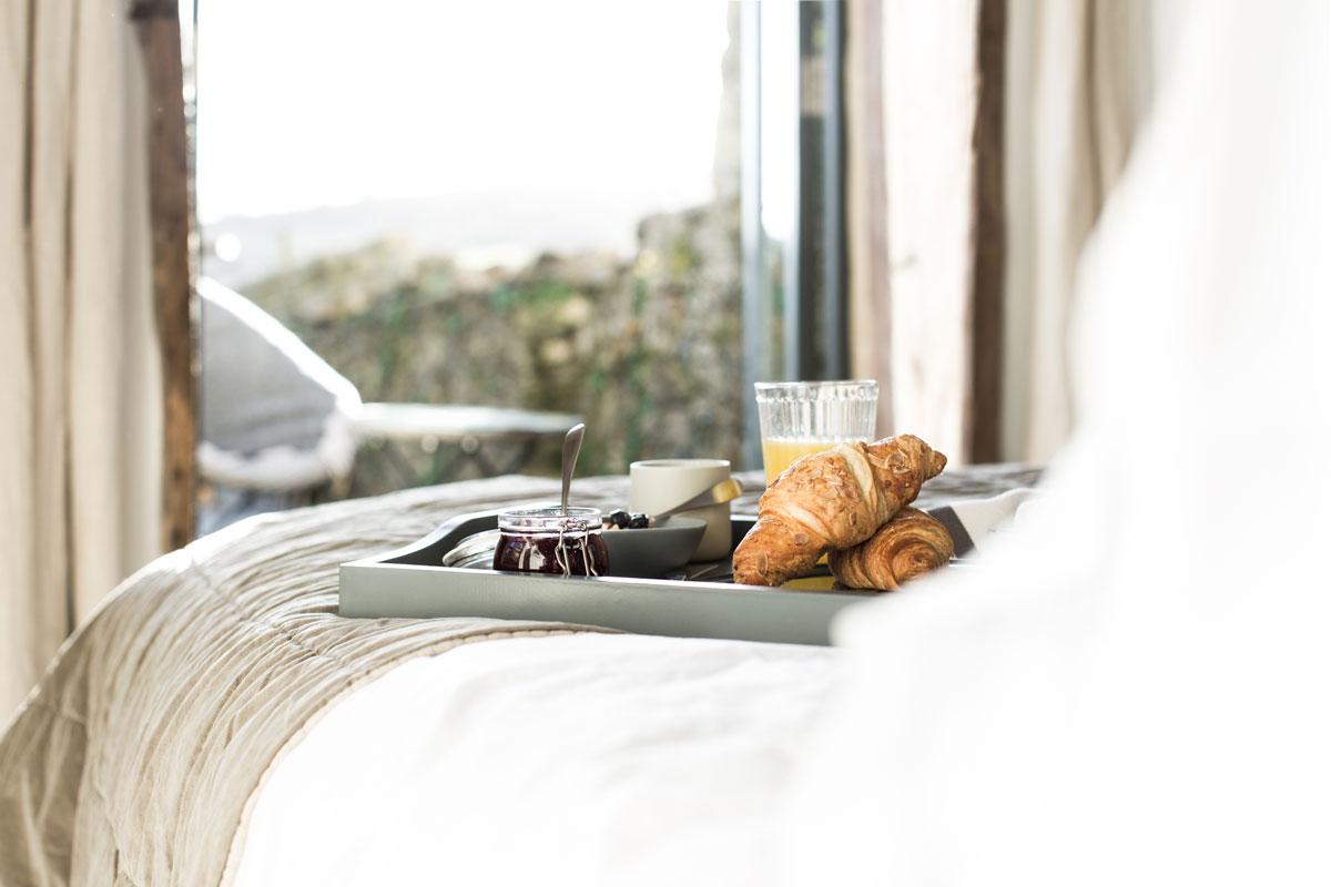 Hayloft-Bedroom-Views