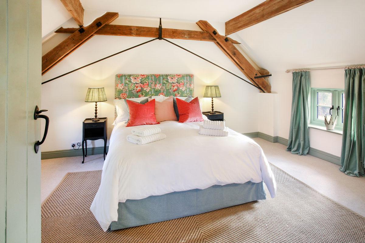 Field-Cottage-Bedroom-2