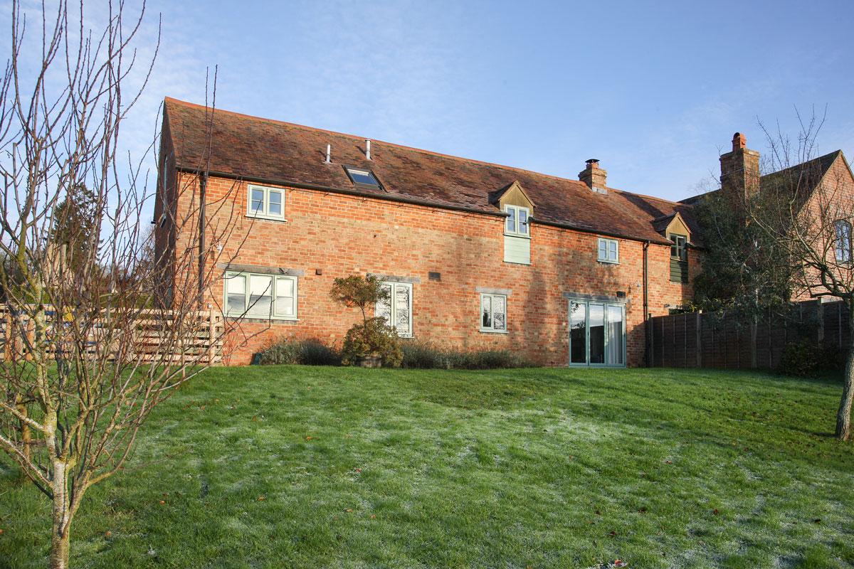 Field Cottage 12